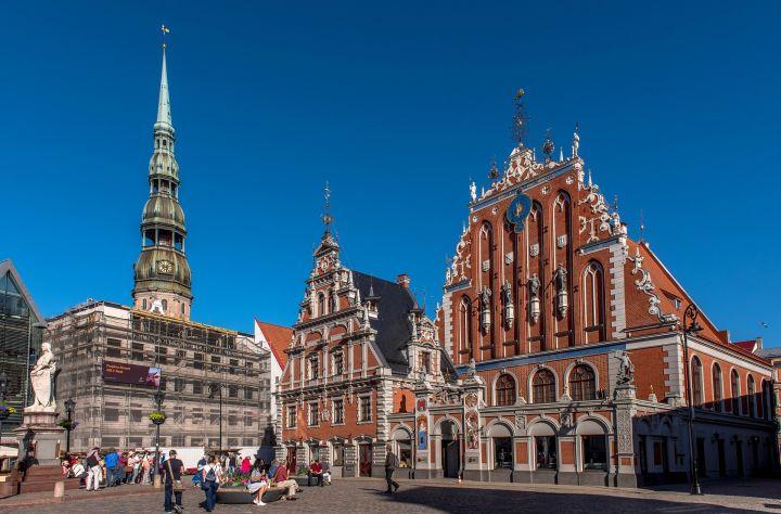 Латвия закрывает фиктивные банки для вывода денег в офшоры